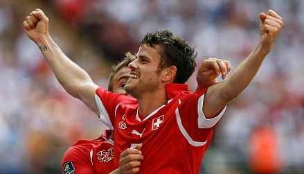 Barnetta - Sign him on a free from Germany?