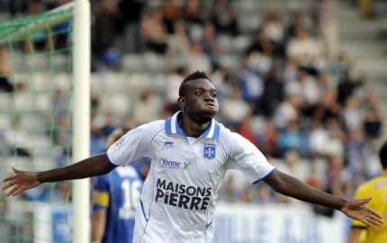 Alain scoring for Auxerre