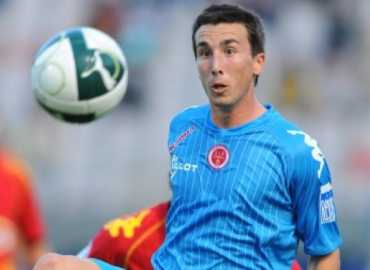 Amalfitano in action for Reims