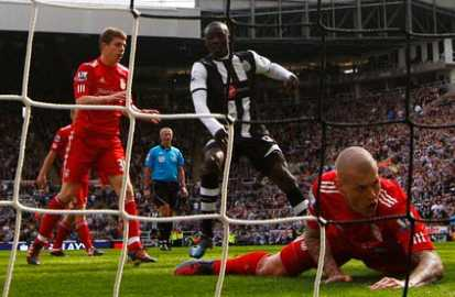 Papiss grabs his second of the game