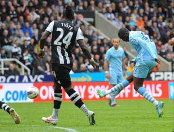 Toure seals the points for City