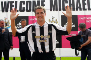michael-owen-joins-newcastle